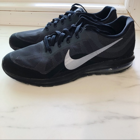 07222c4ae535f Nike Air Max Dynasty 2 Running Shoes Size 14